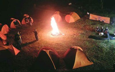 5 Spot Camping Bandung Hits Buat yang Rindu Nenda